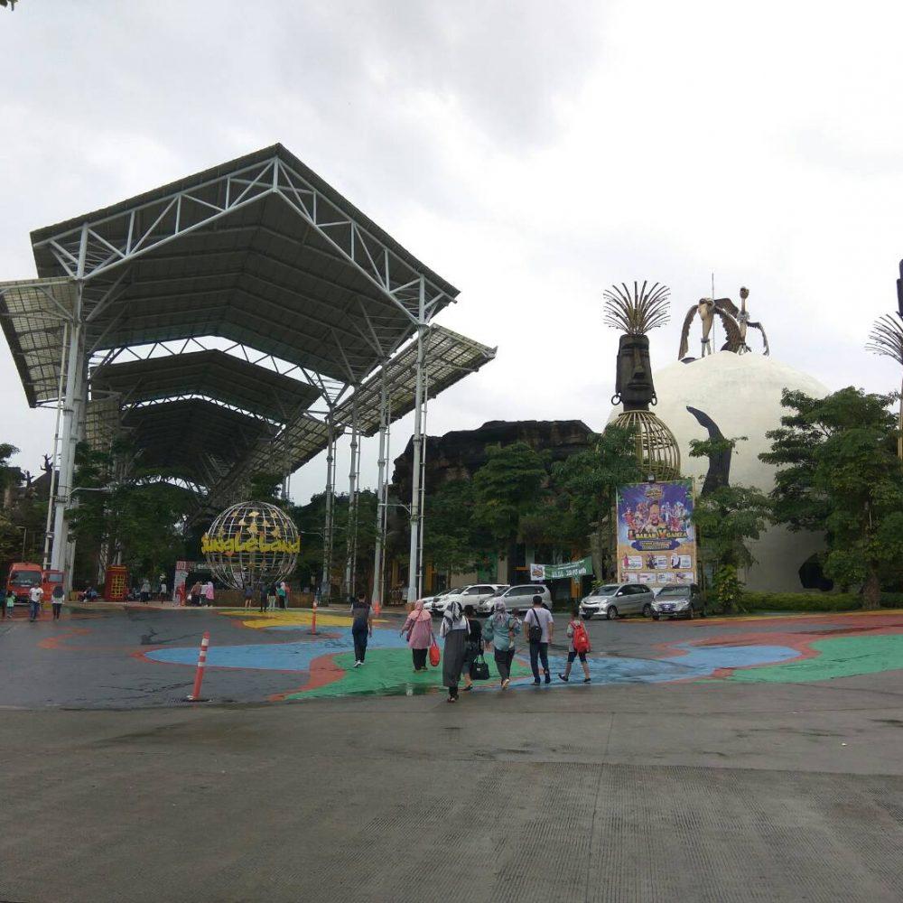 jungleland theme park